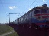 ЭР1-140 прибывает на ст.Симферополь грузовой.перегон Симферополь-Симферополь грузовой!КЖД